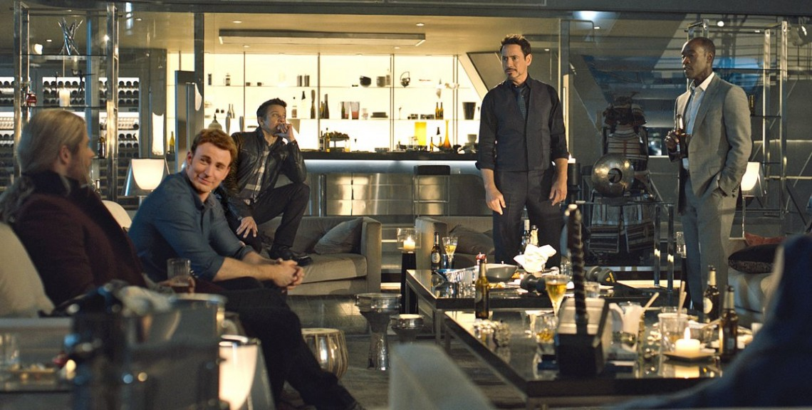 avengers-age-of-ultron-hanging-out-party_images_thumb_medium1140_0
